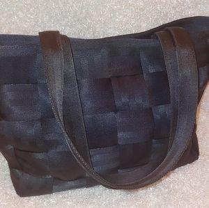 Harveys Black Medium Seatbelt Purse/Tote
